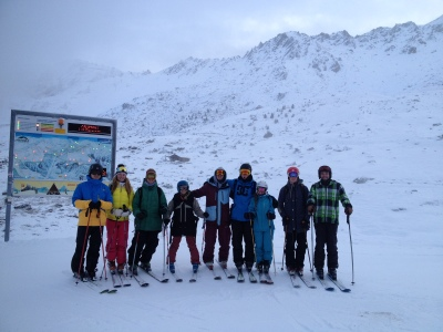 New Neige Aventure instructors in front of a rocky Greppon Blanc.